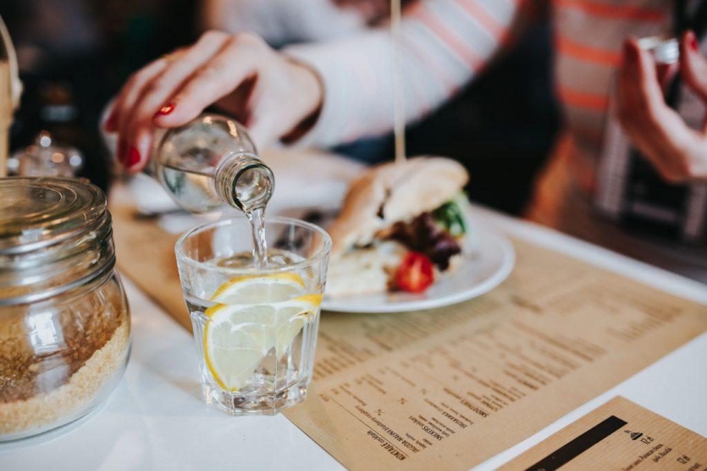 picie woda a odchudzanie, metabolizm